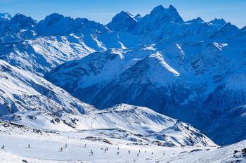 Курорт «Эльбрус» вновь закрылся из-за снегопада