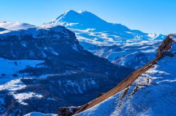 Горнолыжный курорт «Эльбрус» третий день закрыт из-за лавиноопасности