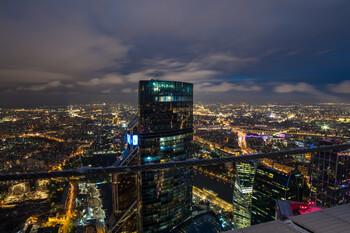 Ресторанам и барам Москвы разрешили работать в ночное время