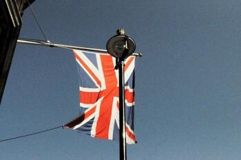 Британия разрабатывает зарубежные ковид-паспорта