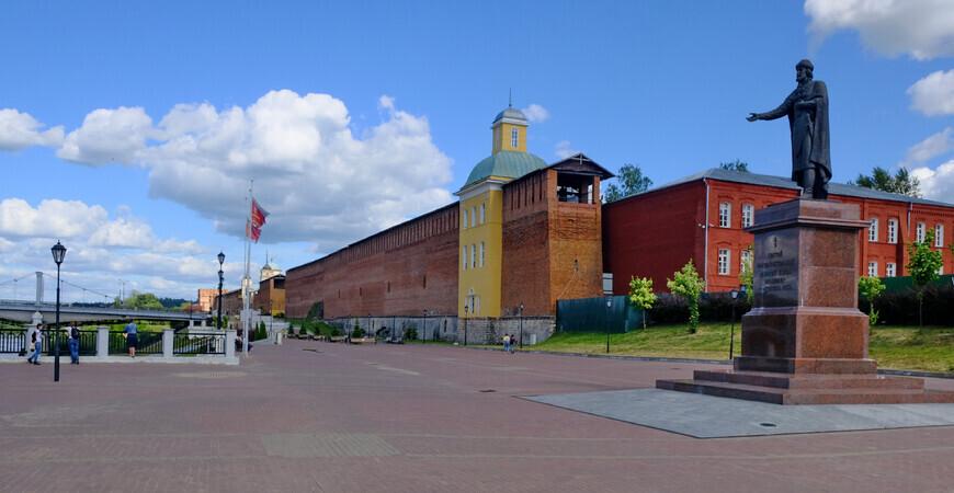 Памятник Владимиру<br/> в Смоленске