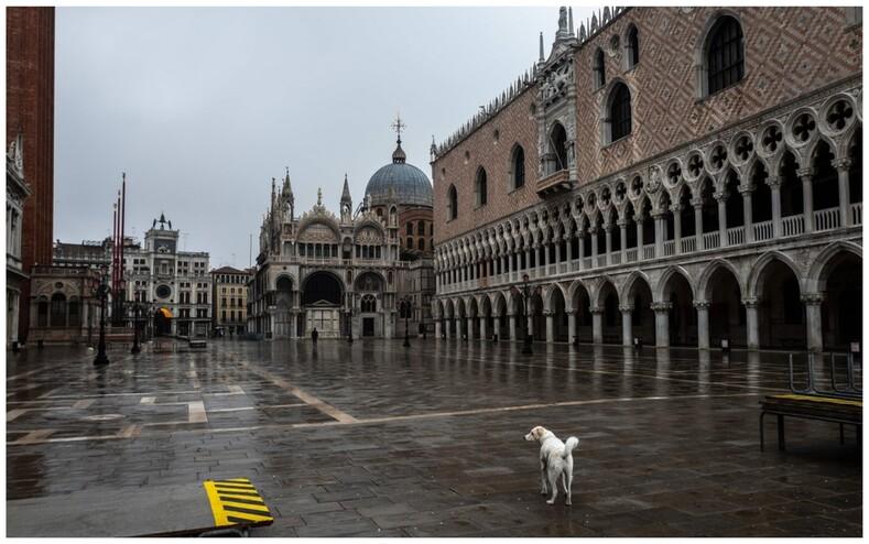 Фото о том, как жители Венеции отмечают отмененный из-за пандемии карнавал