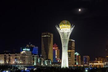 Граждане 90 стран смогут въезжать в Казахстан без визы