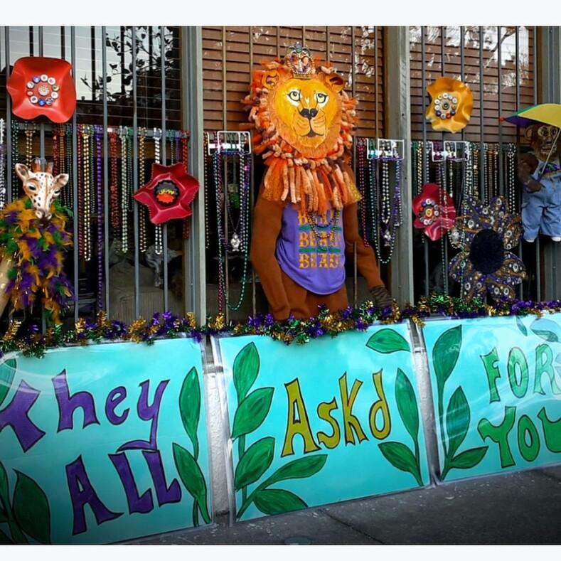 Марди Гра - 2021: как украсили свои дома жители Нового Орлеана на время легендарного карнавала