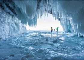 В моих глазах хрустальный лёд Байкала