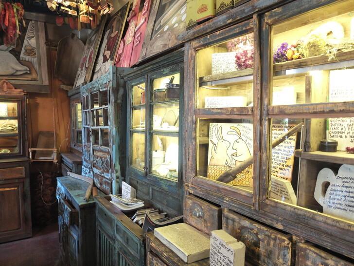 Старинные буфеты в Музее десерта