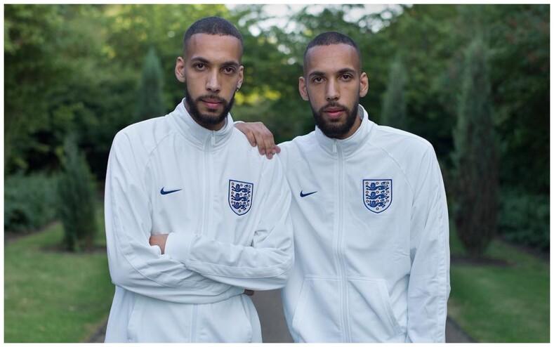 Такие одинаковые и такие разные: фотограф три года собирал снимки близнецов и их истории, чтобы показать, какими могут быть внешне абсолютно похожие люди
