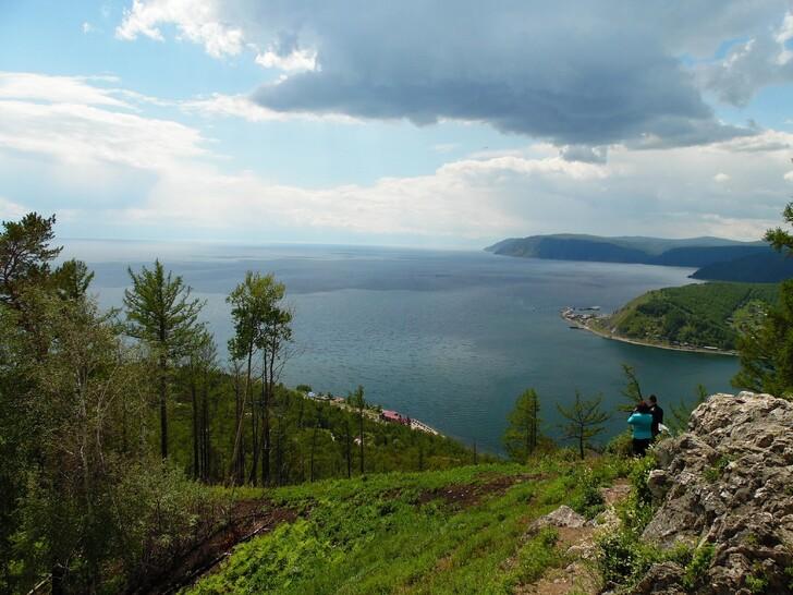 Панорама с камня Черского на Байкал и исток Ангары