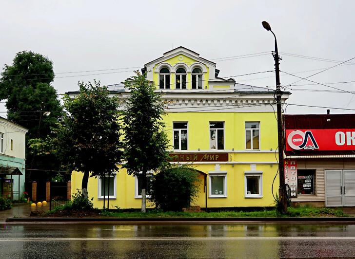 Один из домов по Большой Спасской
