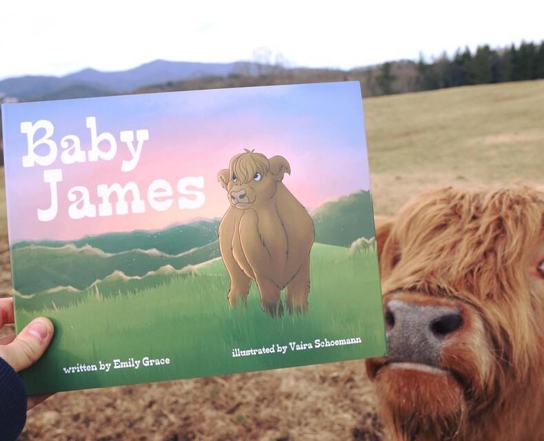 Не собака, но уже и не корова: невезучий теленок, выжил, не смотря ни на что, и стал героем детской книги