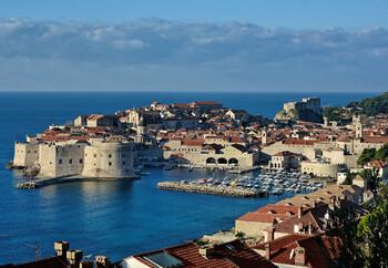 Хорватия возобновила выдачу россиянам туристических виз