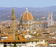 "Во Флоренции туристам будут помогать ""ангелы""."