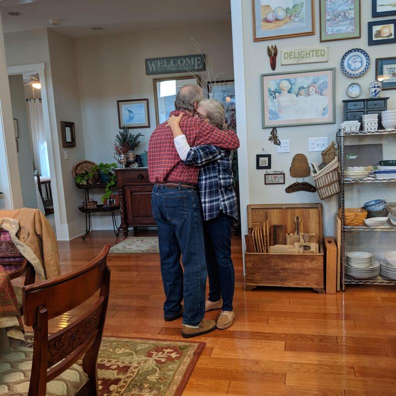 10 фото о настоящей любви длиною в жизнь: пользователи поделились трогательными историями своих родных и случайных знакомых