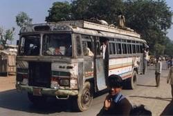 Водитель автобуса в Индии умышленно задавил  семь туристов