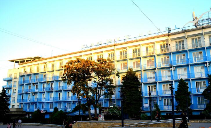 Гостиница Каспий в центре города