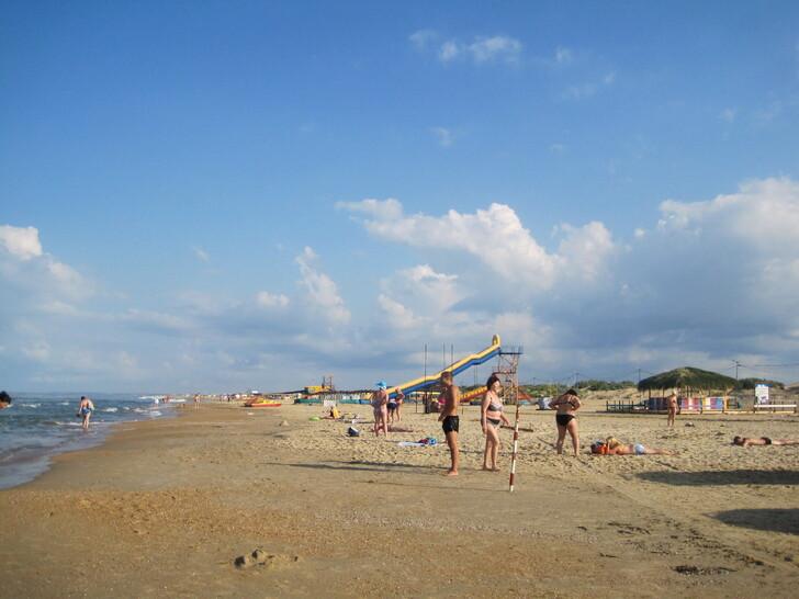 На пляже Анапы