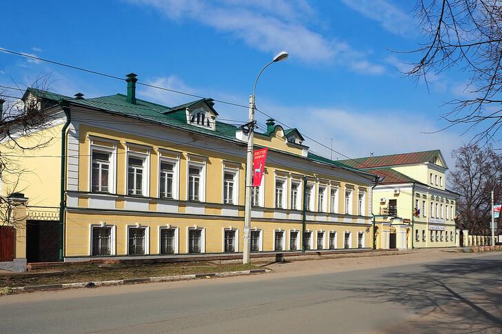 Дома XIX века по ул. Ленинской