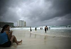 """Мексика готовится к приходу урагана """"Рина"""""""