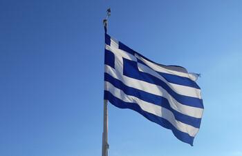 Визу в Грецию оформляют только при наличии билета на прямой авиарейс
