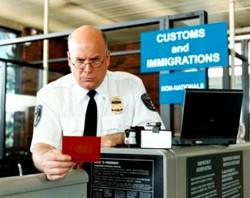 В пражском аэропорту паспортный контроль стал быстрее