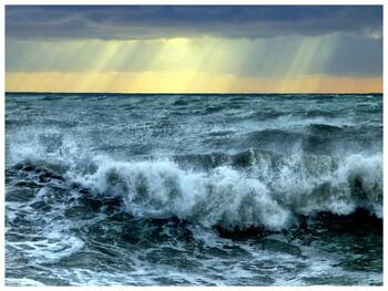 В Сочи объявлено штормовое предупреждение на ближайшие три дня