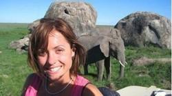 Слон убил  туристку на Борнео