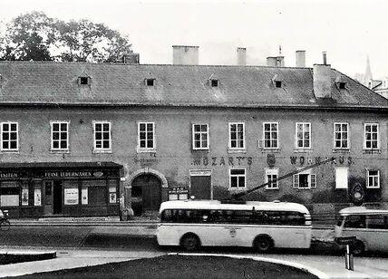 Mozart- Wohnhaus 1930er.jpg