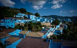 В Испании появился «синий город» смурфов