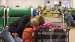Пассажиры отказались лететь на неисправном борту