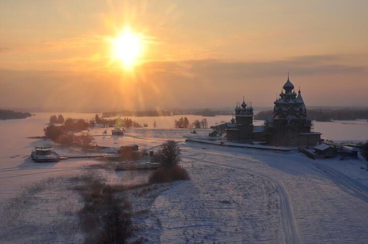Зимний вечер на о. Кижи