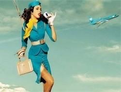 Итальянская авиакомпания заставляет стюардесс худеть
