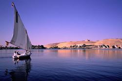 Египетские власти возобновляют круизы по Нилу