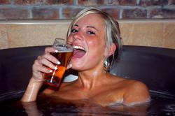 Чешский город Пльзень ждет открытия пивных бань