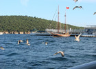 The_Marina_of_Burgazada,_Istanbul,_on_a_summer_evening,_as_seen_from_the_inner_city_ferries.jpg