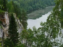 Средний Урал и богатые туристические возможности региона: фестиваль сплава по реке Чусовой