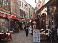 Неприветливый Амстердам и радужный Брюссель
