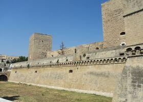 Норманнский замок Бари