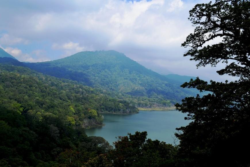 Вид на озеро Буян