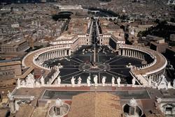 В Ватикан не пустят в обычной летней одежде
