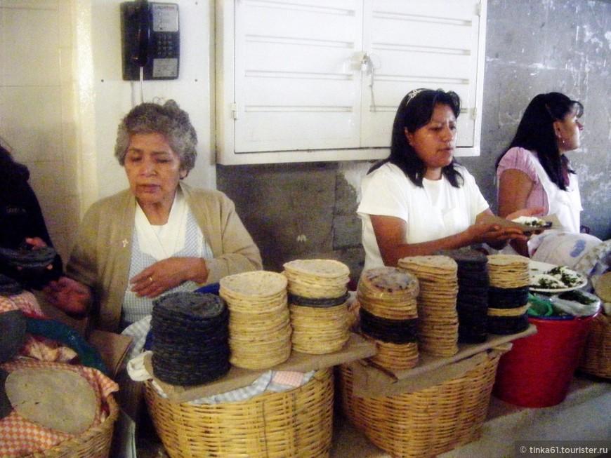 Знаменитые мексиканские лепешки тортильяс в разных вариациях