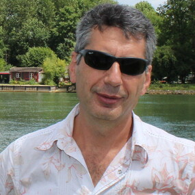 Михаил Сапожников