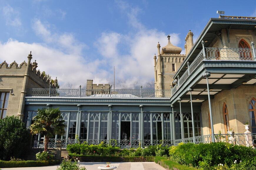 Воронцовский дворец в Алупке: история, описание, фото