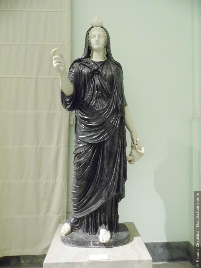 Богиня Исида.