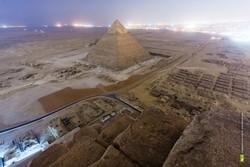 Российские туристы залезли на пирамиду Хеопса