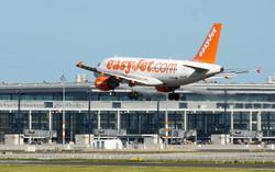 Пассажирам EasyJet придется платить за регистрацию в аэропорту