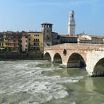 Мост Понте Пьетра.