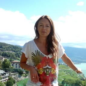 Яна Рустерхольц