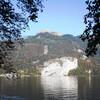 Скала Фалькенштайнванд (Соколийная стена) и вершина горы Шафберг