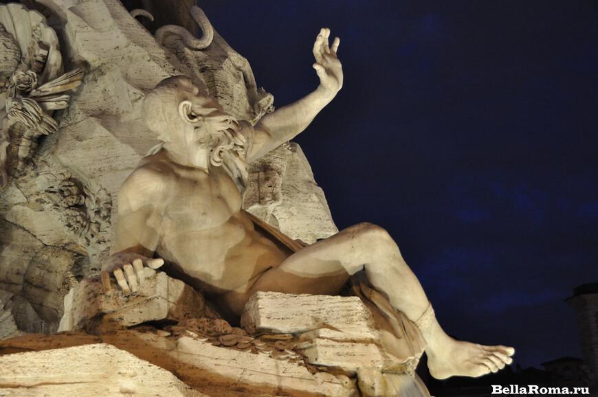 1104-Rio_de_la_plata-fontana_dei_quattro_fiumi_by_night.JPG