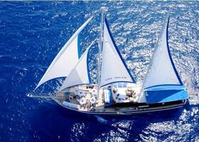 Яхта Sina Dreams